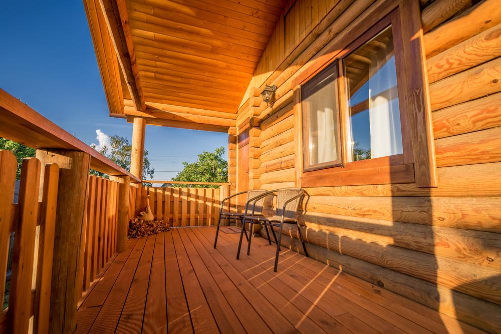 Tratarea lemnului: importanta, metode de protejare si etape
