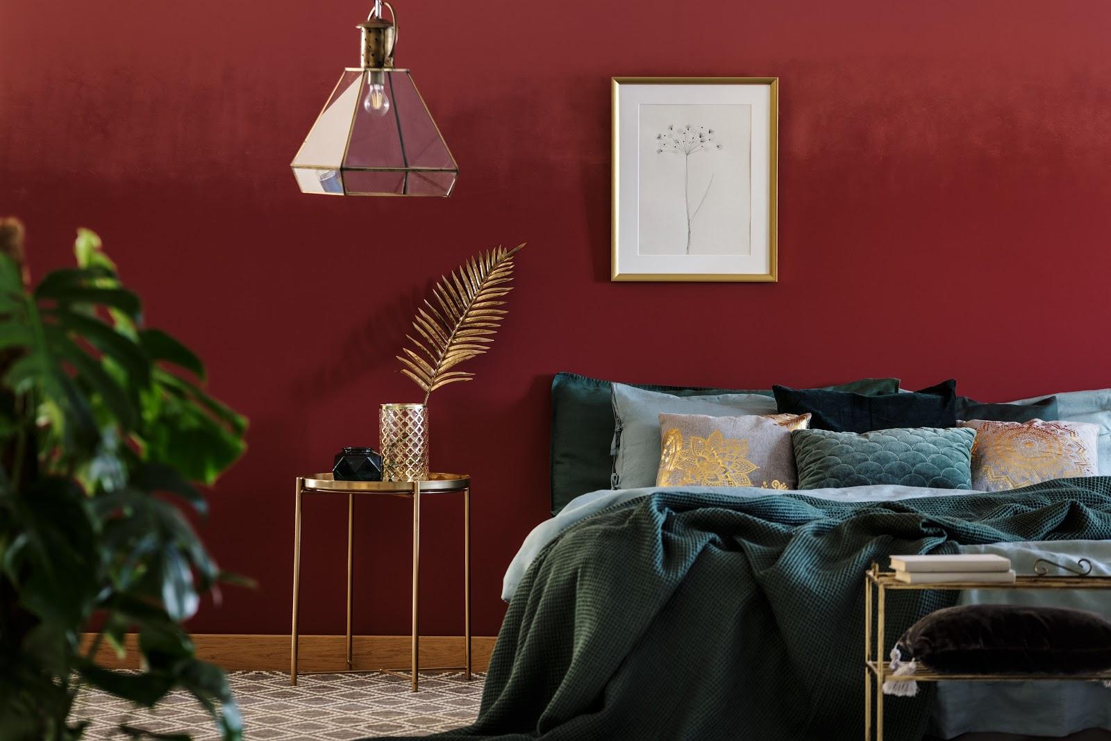 Mobilier dormitor rosu - verde