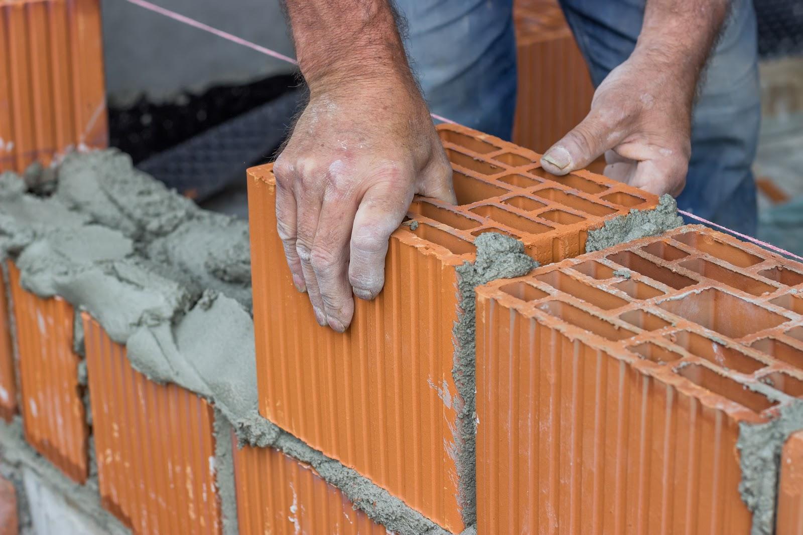Caramida cu goluri nu se foloseste la peretii structurali