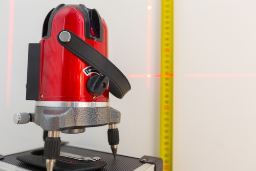 Nivela cu laser